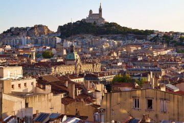je cherche.un job à Marseille